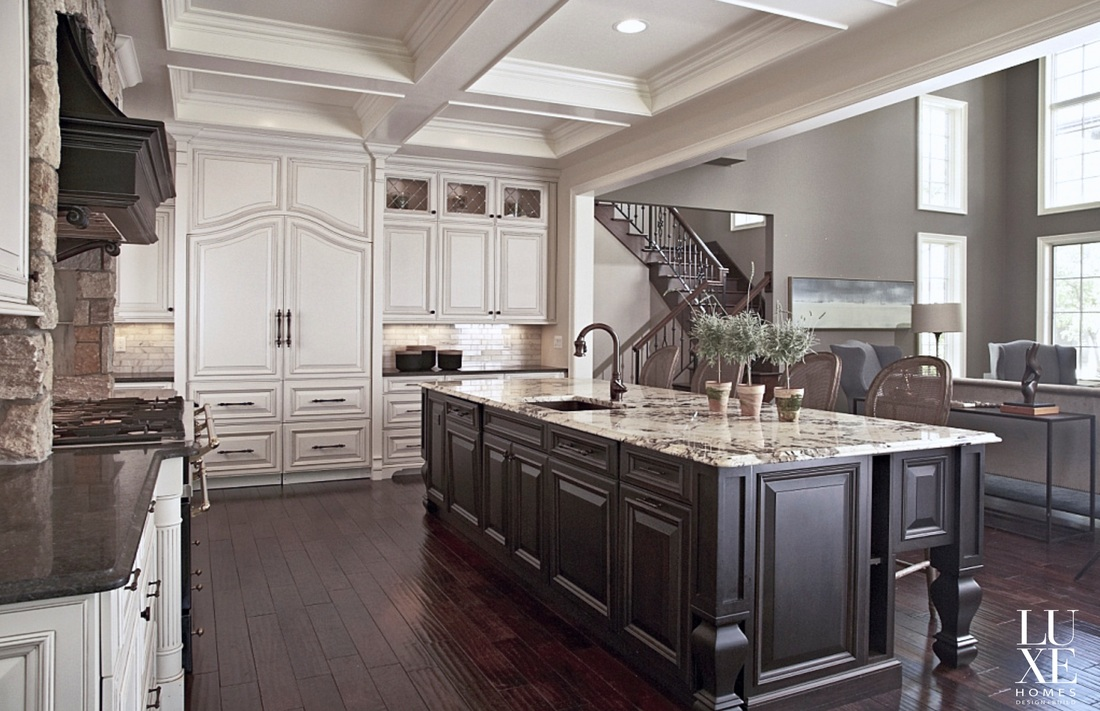 Gourmet Kitchen Island Designs